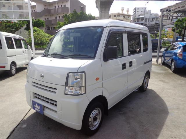 沖縄の中古車 日産 NV100クリッパーバン 車両価格 35万円 リ済込 2014(平成26)年 13.2万km ホワイト