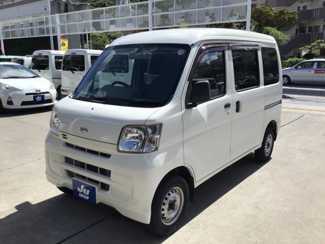 沖縄の中古車 ダイハツ ハイゼットカーゴ 車両価格 45万円 リ済込 2015(平成27)年 11.9万km ホワイト