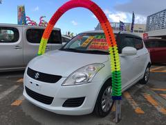 沖縄の中古車 スズキ スイフト 車両価格 59万円 リ済込 平成23年 5.4万K パールホワイト