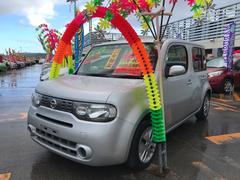 沖縄の中古車 日産 キューブ 車両価格 69万円 リ済込 平成27年 8.1万K シルバー