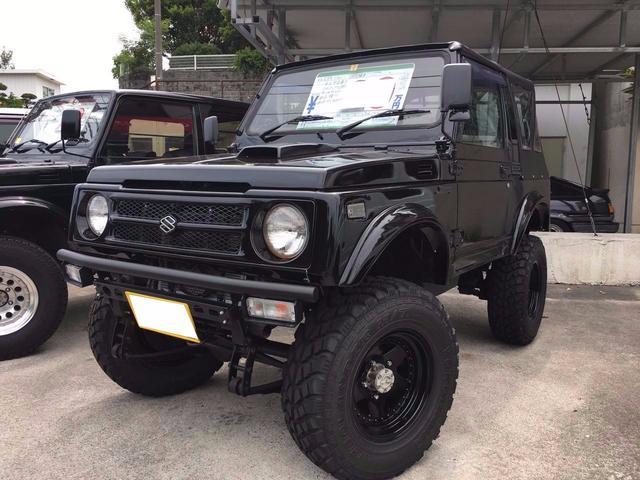 沖縄の中古車 スズキ ジムニー 車両価格 89万円 リ済込 1993(平成5)年 14.9万km ブラック