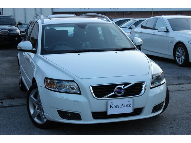 沖縄の中古車 ボルボ ボルボ V50 車両価格 79万円 リ済込 2011(平成23)年 6.6万km ホワイト