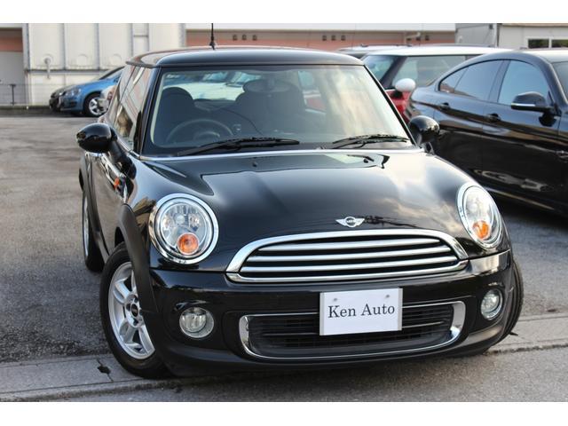 沖縄の中古車 MINI MINI 車両価格 110万円 リ済込 2012(平成24)年 5.2万km ブラック