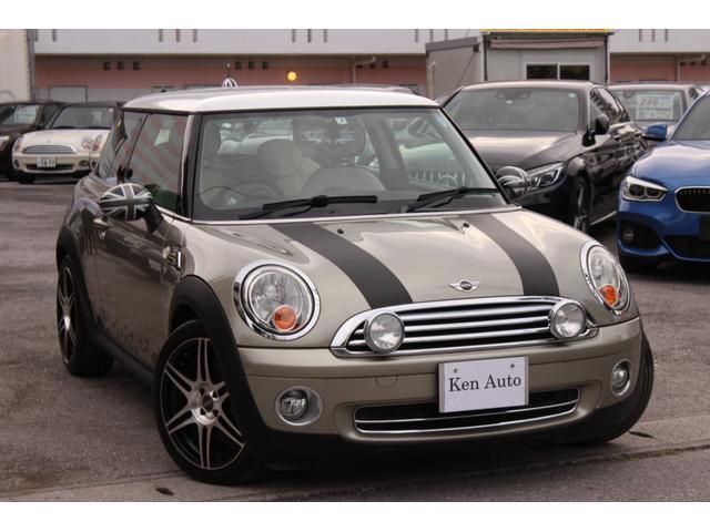 沖縄の中古車 MINI MINI 車両価格 88万円 リ済込 2007(平成19)年 3.7万km ゴールドII