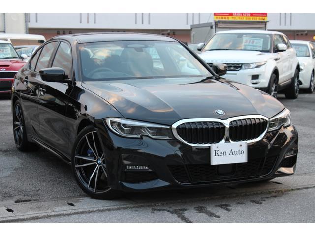 中頭郡北谷町 株式会社 ケンオート BMW 3シリーズ 330i Mスポーツ 330i Mスポーツ ナビ TV レザーシート エアロ 19インチアルミ ヘッドアップディスプレイ パークディスタンス トップ・サイド&リアカメラ+3Dビュー オートトランク ブラックM 0.6万km 2019(平成31)年