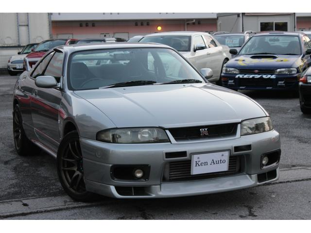 沖縄県の中古車ならスカイライン GT-R ワーク18インチアルミ・トラストエアクリ・アルミラジエター・社外インタークーラー・社外マフラー・社外ハンドル・本土仕入れ