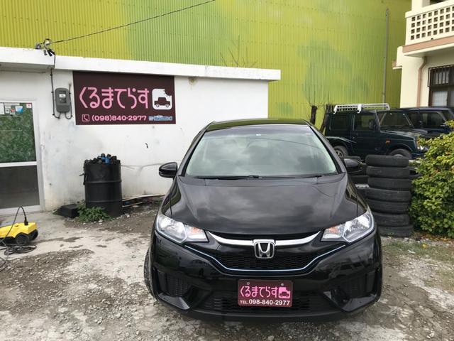 沖縄の中古車 ホンダ フィットハイブリッド 車両価格 54万円 リ済込 2016(平成28)年 13.2万km ブラックM