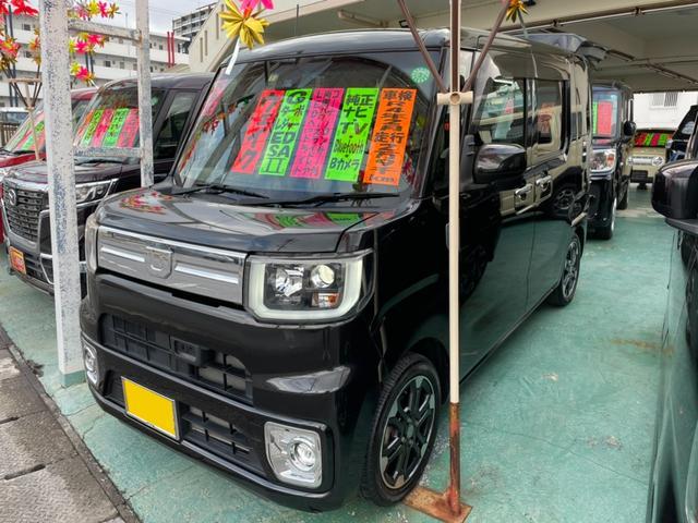 沖縄の中古車 ダイハツ ウェイク 車両価格 129万円 リ済込 2017(平成29)年 3.0万km ブラック