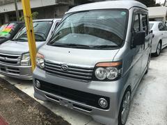 沖縄の中古車 ダイハツ ハイゼットカーゴ 車両価格 70万円 リ済込 平成17年 14.8万K シルバー