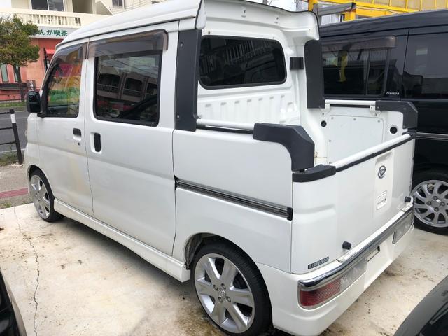 沖縄の中古車 ダイハツ ハイゼットカーゴ 車両価格 83万円 リ済込 2010(平成22)年 12.0万km ホワイト
