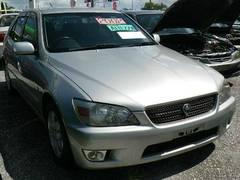 沖縄の中古車 トヨタ アルテッツァ 車両価格 43万円 リ済込 平成14年 7.6万K シルバー