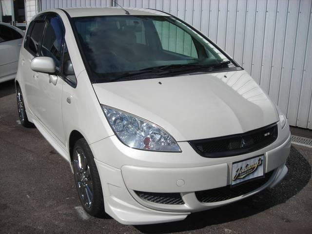 沖縄の中古車 三菱 コルト 車両価格 40万円 リ済込 平成17年 6.8万km パール