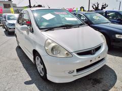 沖縄の中古車 ホンダ フィット 車両価格 34万円 リ済込 平成15年 9.8万K ホワイト
