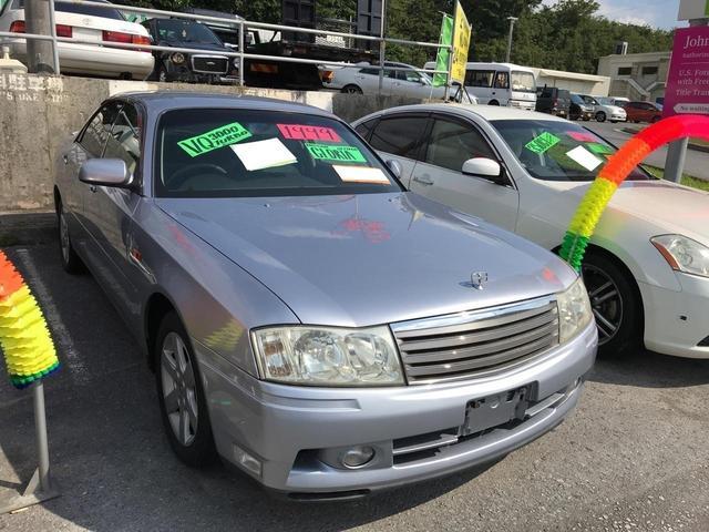 沖縄の中古車 日産 グロリア 車両価格 43万円 リ済込 平成11年 8.3万km シルバー