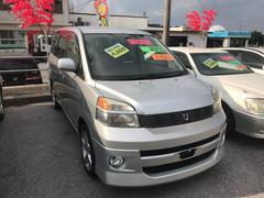 沖縄の中古車 トヨタ ヴォクシー 車両価格 44万円 リ済込 平成14年 9.3万K シルバー