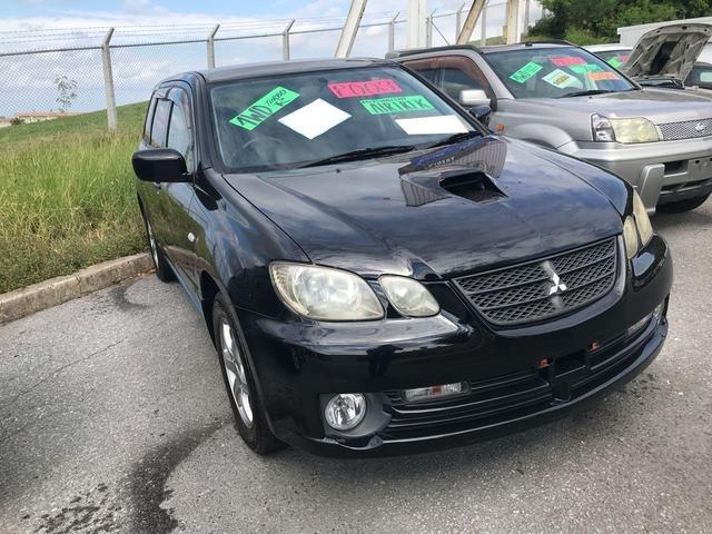 沖縄の中古車 三菱 エアトレック 車両価格 63万円 リ済込 2003(平成15)年 10.3万km ブラック