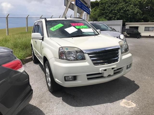 沖縄の中古車 日産 エクストレイル 車両価格 63万円 リ済込 2005(平成17)年 9.5万km パールホワイト