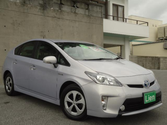 沖縄の中古車 トヨタ プリウス 車両価格 98万円 リ済込 平成24年 7.4万km ワインM