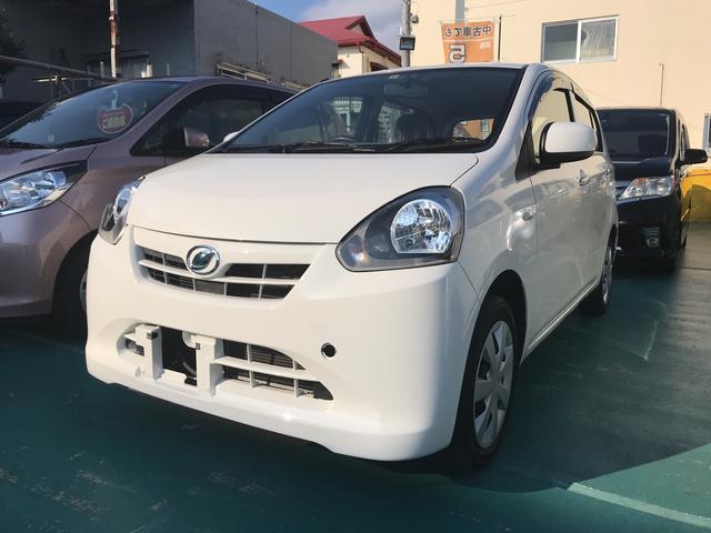 沖縄の中古車 ダイハツ ミライース 車両価格 52万円 リ済込 平成25年 5.7万km ホワイト