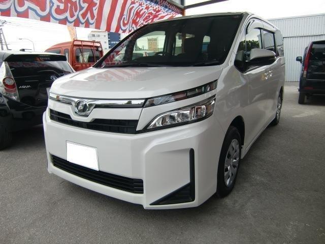 沖縄の中古車 トヨタ ヴォクシー 車両価格 250万円 リ済込 新車  パールホワイト