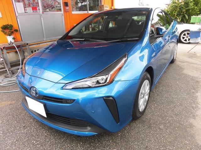 沖縄県の中古車ならプリウス S 新車 後期 オプション付き レーンアシスト ドライブレコーダー Bluetooth接続