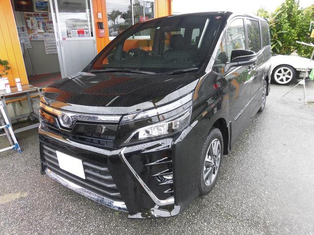 沖縄の中古車 トヨタ ヴォクシー 車両価格 280万円 リ済込 新車  イナズマスパーキングブラックガラスフレーク
