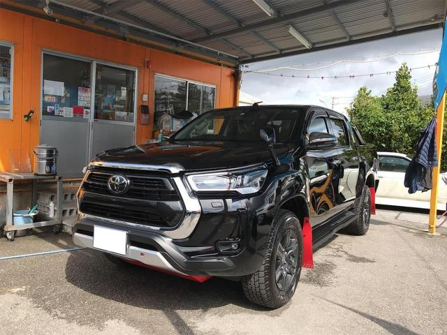 沖縄の中古車 トヨタ ハイラックス 車両価格 389万円 リ済込 2021(令和3)年 16km ブラック