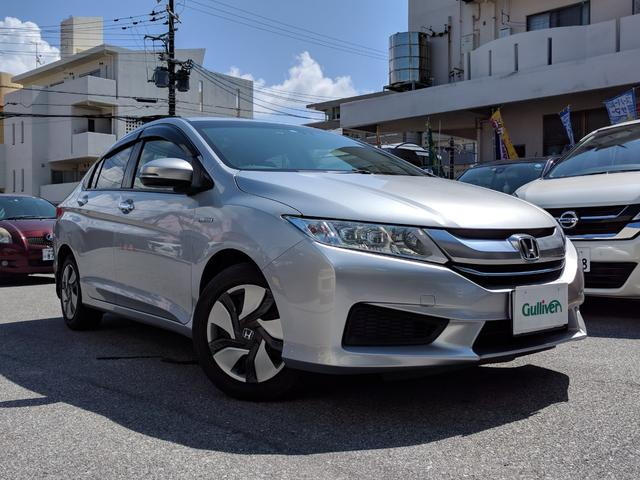 沖縄県の中古車ならグレイス ハイブリッドLX