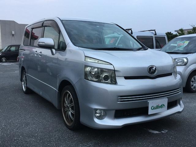 沖縄県の中古車ならヴォクシー Z