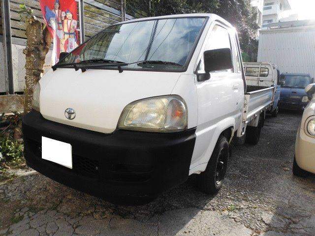 沖縄の中古車 トヨタ タウンエーストラック 車両価格 57万円 リ済込 2003(平成15)年 22.3万km ホワイト
