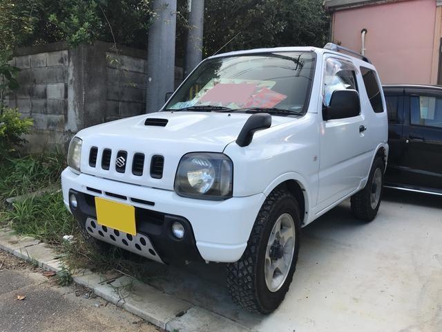 沖縄の中古車 スズキ ジムニー 車両価格 32万円 リ済込 2000(平成12)年 13.7万km ホワイト