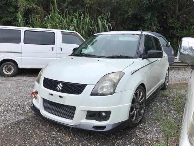 沖縄の中古車 スズキ スイフト 車両価格 42万円 リ済込 2006(平成18)年 11.8万km パールホワイト