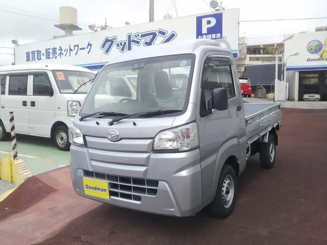 沖縄の中古車 ダイハツ ハイゼットトラック 車両価格 95万円 リ済別 2018(平成30)年 0.2万km シルバー