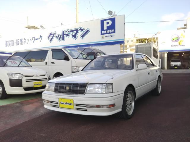 沖縄の中古車 トヨタ クラウン 車両価格 55万円 リ済別 1999(平成11)年 5.6万km ホワイト