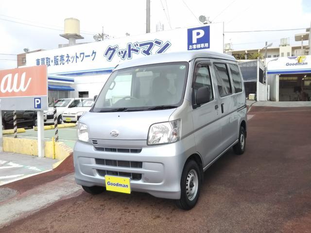 沖縄の中古車 ダイハツ ハイゼットカーゴ 車両価格 62万円 リ済別 2017(平成29)年 8.4万km シルバー