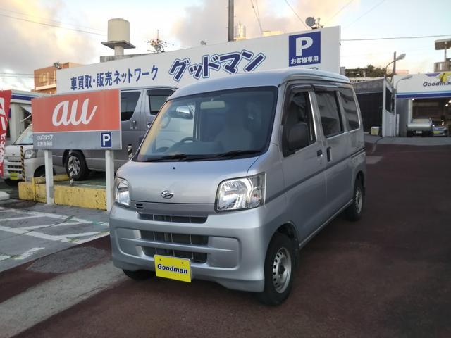 沖縄の中古車 ダイハツ ハイゼットカーゴ 車両価格 62万円 リ済別 2017(平成29)年 8.0万km シルバー