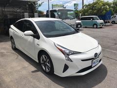 沖縄の中古車 トヨタ プリウス 車両価格 210万円 リ済別 平成28後 2.7万K パール