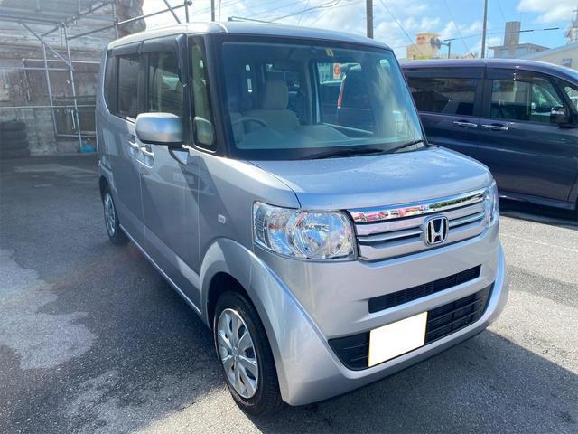 沖縄の中古車 ホンダ N-BOX 車両価格 68万円 リ済別 2015(平成27)年 3.5万km シルバー