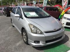 沖縄の中古車 トヨタ ウィッシュ 車両価格 19万円 リ済込 平成15年 15.4万K シルバー
