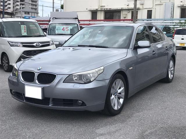 沖縄の中古車 BMW 5シリーズ 車両価格 53万円 リ済込 2006(平成18)年 6.9万km シルバー