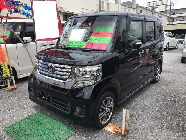 沖縄の中古車 ホンダ N-BOXカスタム 車両価格 89万円 リ済込 2014(平成26)年 6.3万km ブラック