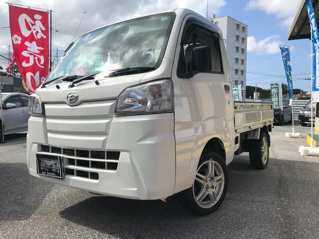 沖縄の中古車 ダイハツ ハイゼットトラック 車両価格 78万円 リ済込 2016(平成28)年 4.1万km ホワイトM