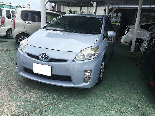 沖縄県の中古車ならプリウス S
