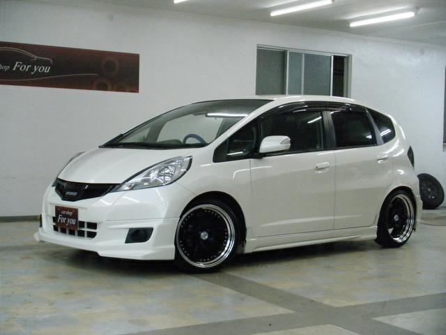 沖縄の中古車 ホンダ フィット 車両価格 68万円 リ済別 2011(平成23)年 6.5万km ホワイト
