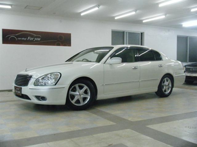 沖縄の中古車 日産 シーマ 車両価格 65万円 リ済別 2008(平成20)年 10.9万km ホワイト