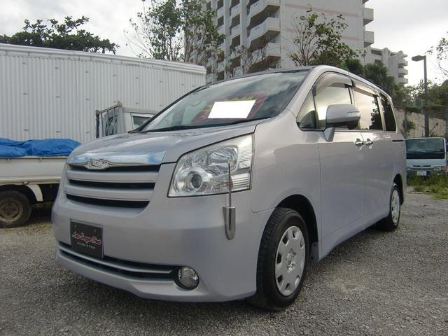 沖縄の中古車 トヨタ ノア 車両価格 55万円 リ済込 2009(平成21)年 8.4万km グレーII