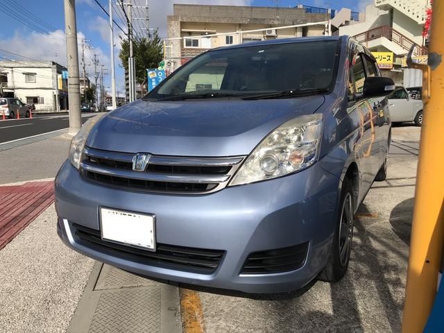 沖縄の中古車 トヨタ アイシス 車両価格 35万円 リ済込 2008(平成20)年 11.0万km ライトブルーM