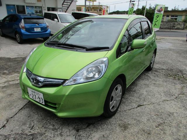 沖縄の中古車 ホンダ フィットハイブリッド 車両価格 35万円 リ済込 2010(平成22)年 7.8万km グリーン