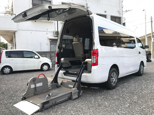 沖縄の中古車 日産 NV350キャラバンマイクロバス 車両価格 144万円 リ済込 平成24年 13.7万km ホワイト