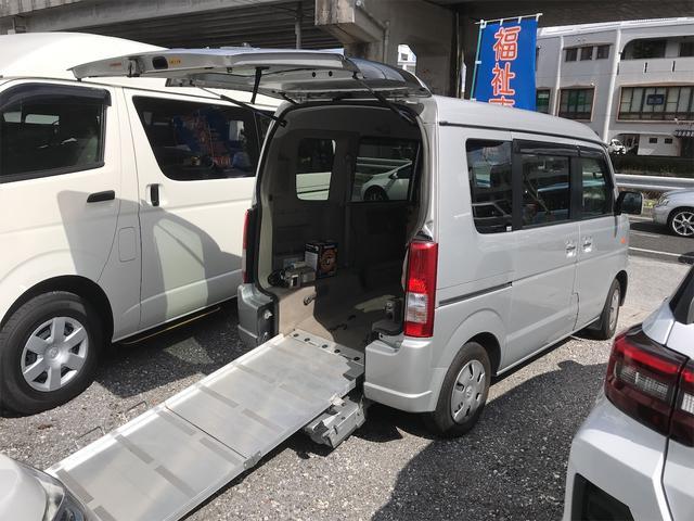 沖縄県の中古車ならエブリイワゴン 福祉車両 車椅子1基載 後席スローパー